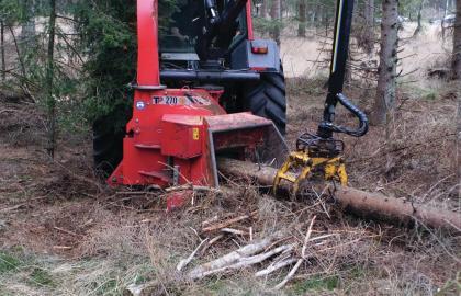 Tocator biomasa cu disc Linddana TP 270